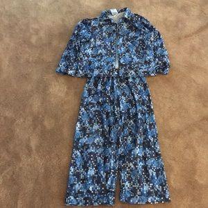 Boys Old Navy pajamas size 6